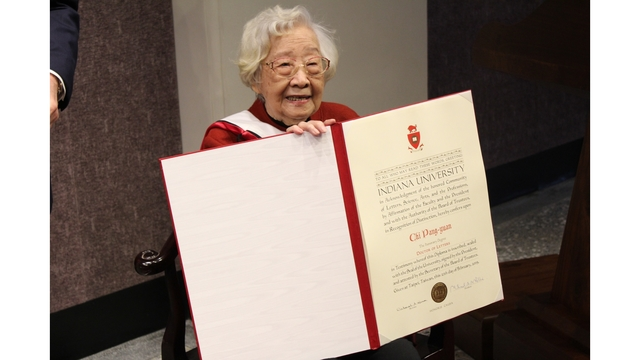Taiwanese writer with Wabash Valley ties receives IU honorary Doctor of Letters degree